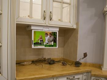 Телевизор на кухню